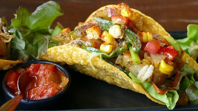 This image has an empty alt attribute; its file name is tacos-1613795_640-1.jpg